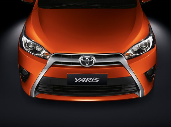 Toyota New Yaris 2014 1 Toyota New Yaris 2014 ราคา โปรโมชั่น ตารางผ่อน ผ่อนเริ่มต้น 5,700 บาท