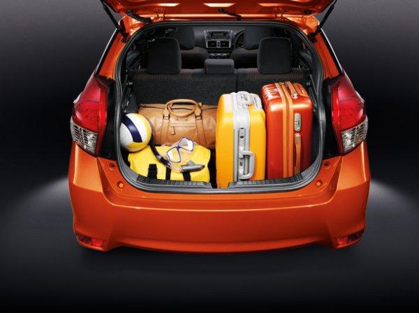 Toyota New Yaris 2014 23 Toyota New Yaris 2014 ราคา โปรโมชั่น ตารางผ่อน ผ่อนเริ่มต้น 5,700 บาท