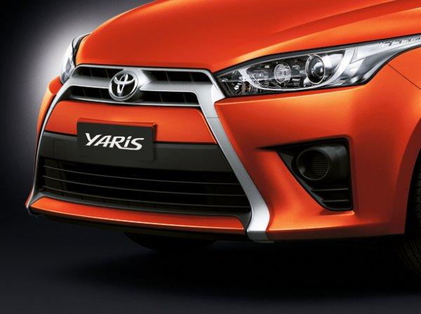 Toyota New Yaris 2014 7 Toyota New Yaris 2014 ราคา โปรโมชั่น ตารางผ่อน ผ่อนเริ่มต้น 5,700 บาท