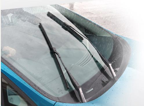 headligh tech Ford New Fiesta 2014 โปรโมชั่น ตารางผ่อน ดาวน์ 25% ผ่อนต่ำสุดเพียง 6,500 บาท