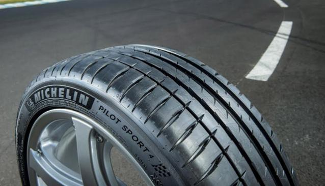 Michelin Pilot Sport 3 VS Michelin Pilot Sport 4