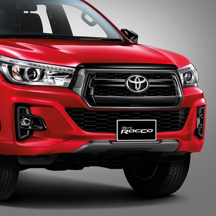 Toyota Hilux Revo Rocco front TOYOTA HILUX REVO ROCCO 2018 ราคา ตารางผ่อนและโปรโมชั่น