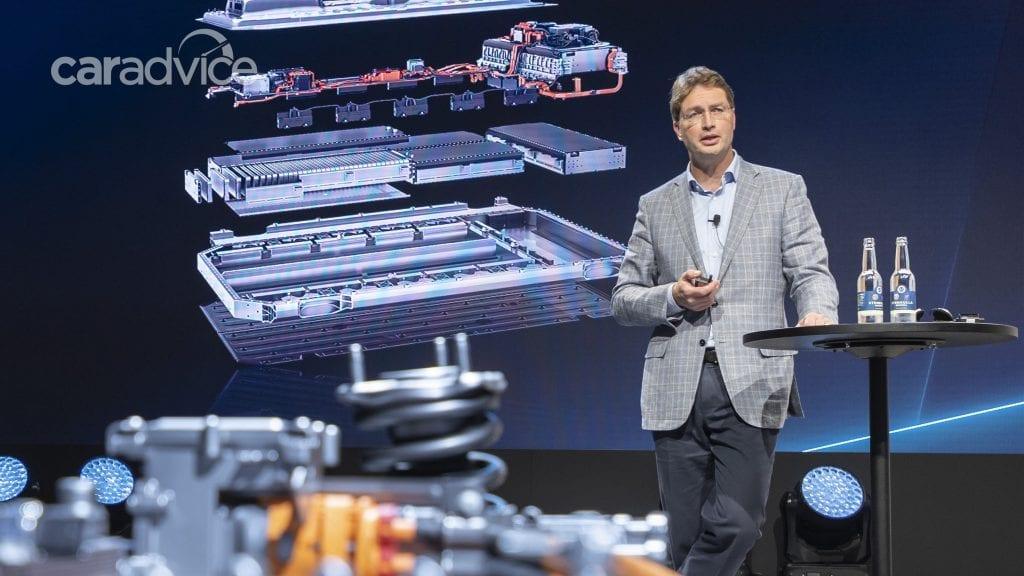 Mercedes Benz เตรียมรุ่นรถยนต์ไฟฟ้า EQ กว่า 10 รุ่นลงตลาดภายใน 2022