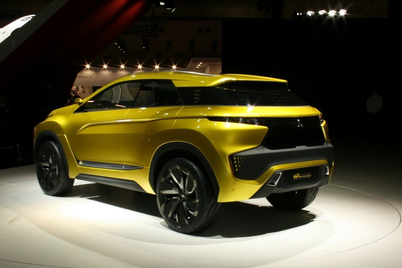 wcf-mitsubishi-ex-compact-crossover-concept-heading-to-tokyo-motor-show-with-next-gen-ev-h (1)